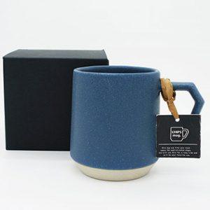 CHIPS mug.のボックスとタグ