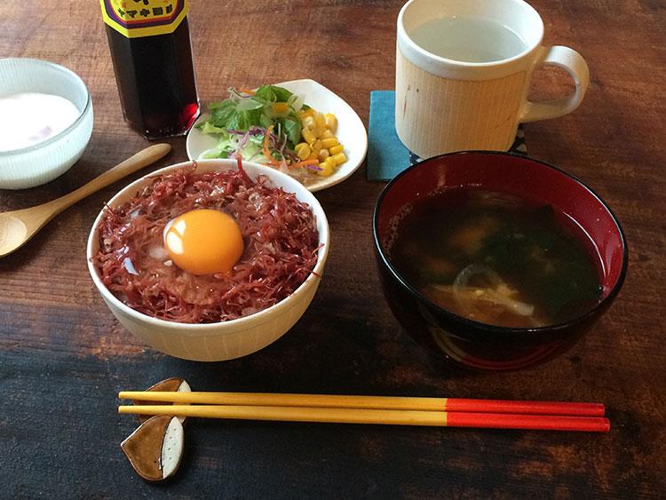 コンビーフ丼
