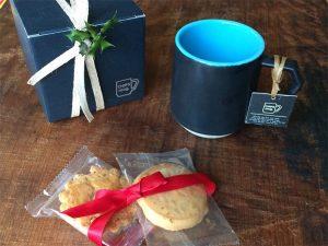 Chips Mugにもかわいい箱がつきます。