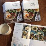 新しい「パンとごはんと…」のカタログと甘酒