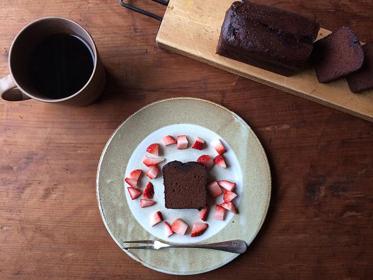 頂き物のチョコレートケーキ
