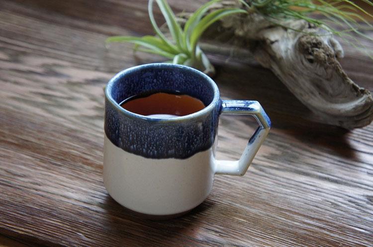 Chips Mugで紅茶を