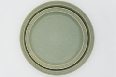 Celadon Green Mug Cup セラドングリーンのプレート