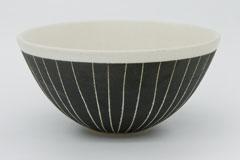 Sgraffito Pottery Bowl 掻き落としの陶器 ボウル 裏印
