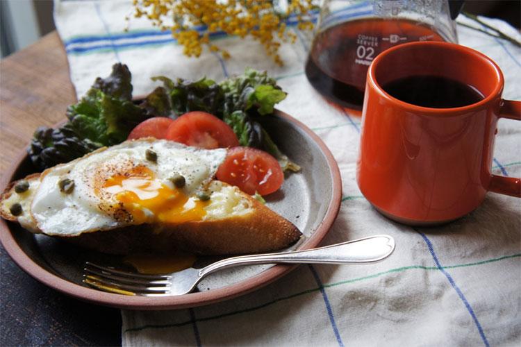 Bricksと新色のChips Mugで朝食を。