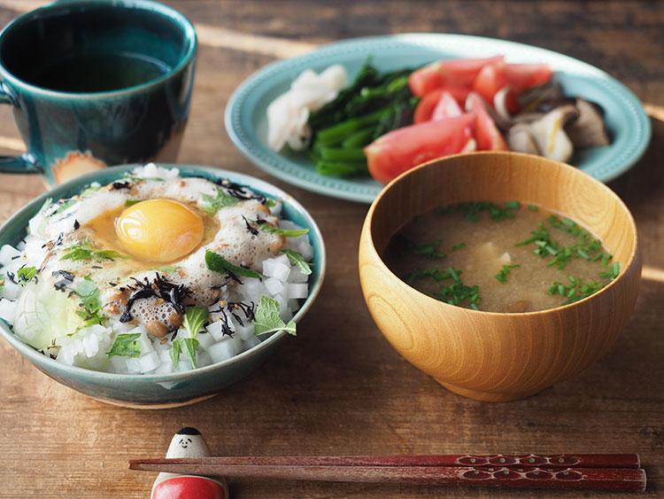 Grossy Pottery Rice Bowl Turkish Blue 艶釉の器ライスボウルトルコブルー