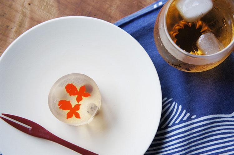 金魚の和菓子